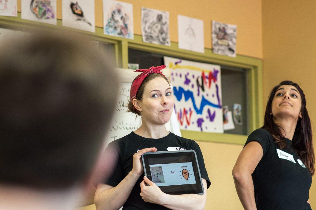 Evelyn Digirolamo teaching an Upstream Arts class