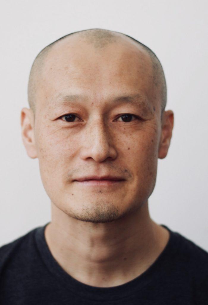 Masanari Kawahara Headshot
